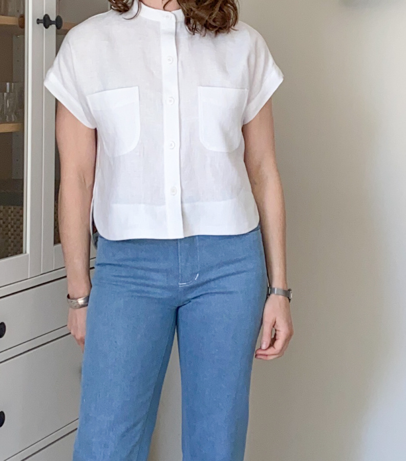 White linen Kalle shirt, front view, close up